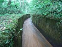 U字溝の用水路