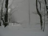 雪煙に消える松木小屋1