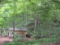 静けさを取り戻した松木小屋
